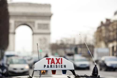 How to get a taxi in Paris