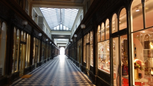 paris covered market learn french