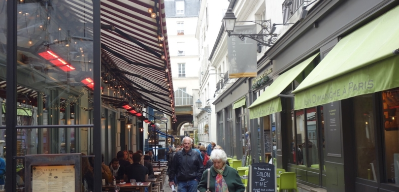 Paris' Saint-Germain-des-Prés French English Bilingual Story